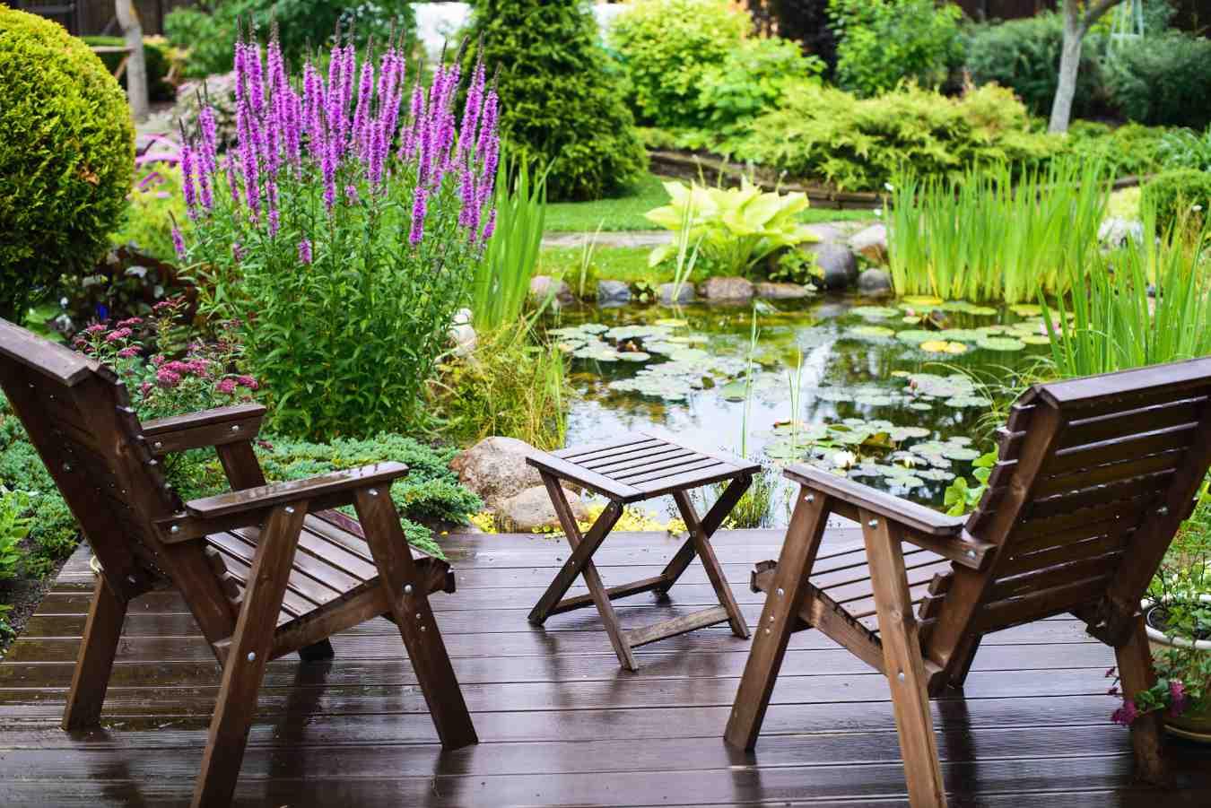 Czy wiesz jak wybrać krzesła ogrodowe?
